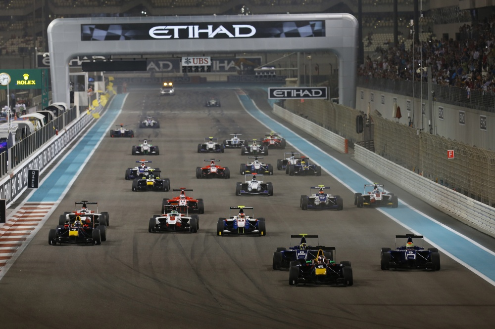 Bild: GP3, 2013, AbuDhabi, Start1