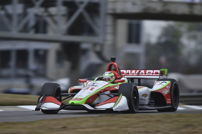 Bild: Patricio O'Ward - Carlin Motorsport - Dallara DW12 - Chevrolet