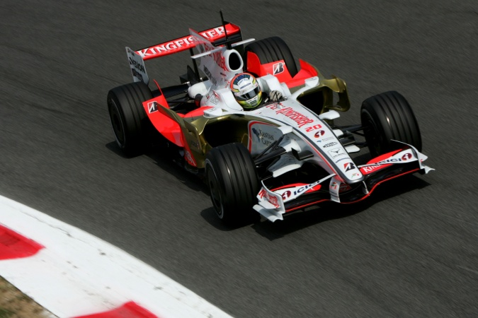 Bild: Adrian Sutil - Force India - Force India VJM01 - Ferrari
