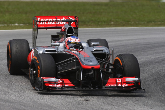 Bild: Jenson Button - McLaren - McLaren MP4-28 - Mercedes
