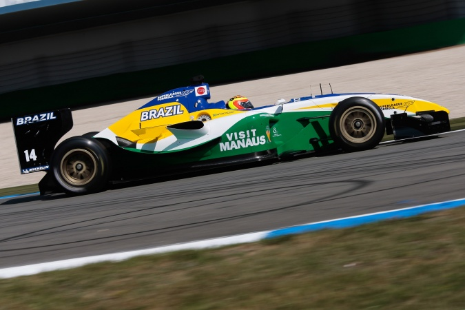 Bild: Antonio Pizzonia - SF Team Brazil (Alan Docking Racing) - Panoz DP09B - Menard