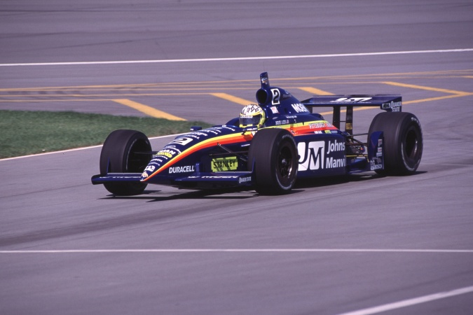 Bild: Jacques Lazier - Team Menard - Dallara IR-01 - Oldsmobile