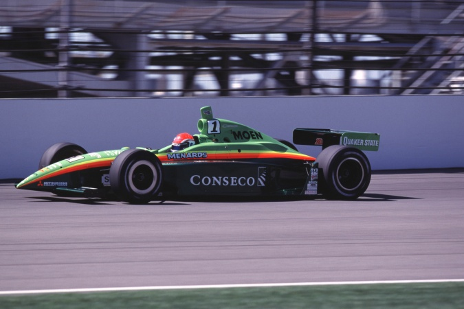 Bild: Greg Ray - Team Menard - Dallara IR0 - Oldsmobile