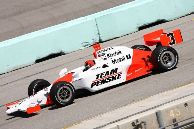 Bild: Helio Castroneves - Team Penske - Dallara IR-05 - Honda