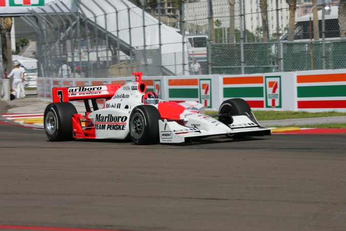 Bild: Helio Castroneves - Team Penske - Dallara IR-05 - Toyota