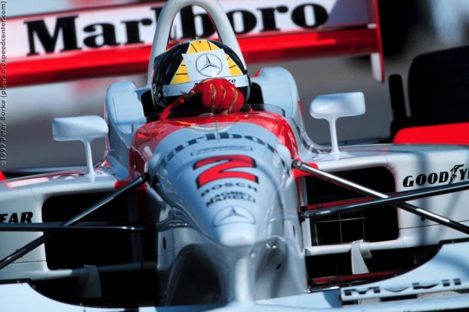Bild: Tarso Marques - Team Penske - Penske PC27B - Mercedes